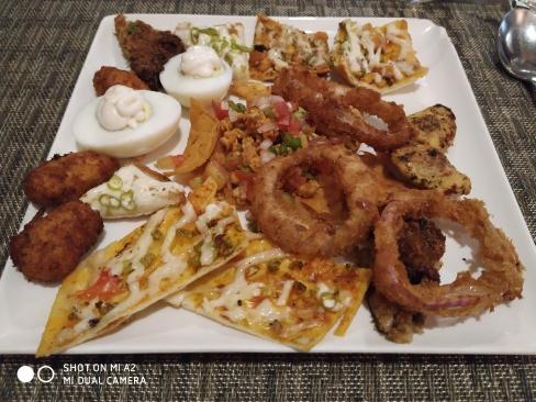 Onion Rings, Veg Bullets, Veg Nachos, Veg Pizza, Chilli Cheese Toast, Crispy Corn,Egg Mayonnaise,Grill Chicken